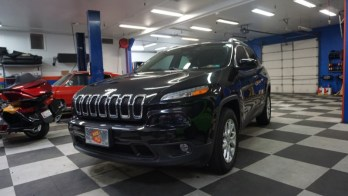 Shrewsbury Client Upgrades 2016 Jeep Cherokee with JL Audio System