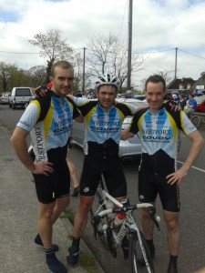Patjoe & Richie propping Keith up after his 93km Stage 4.