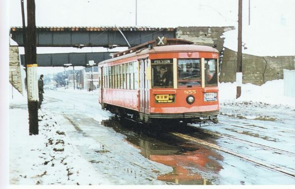 streetcar at gladstone