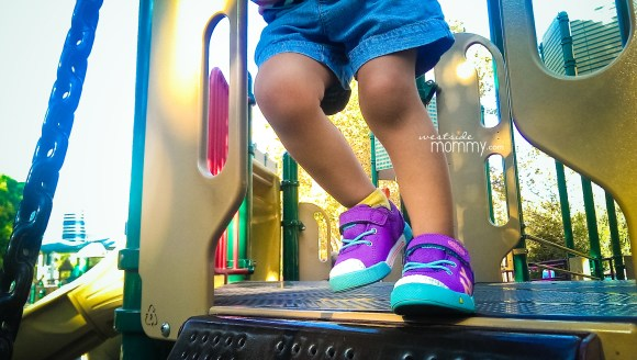 PurpleSneakers_closeup
