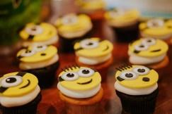 Adorable Minions cupcakes