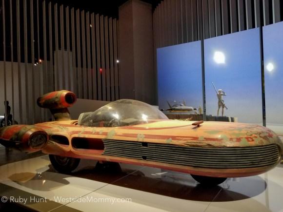 Luke Skywalker's X-34 Landspeeder,