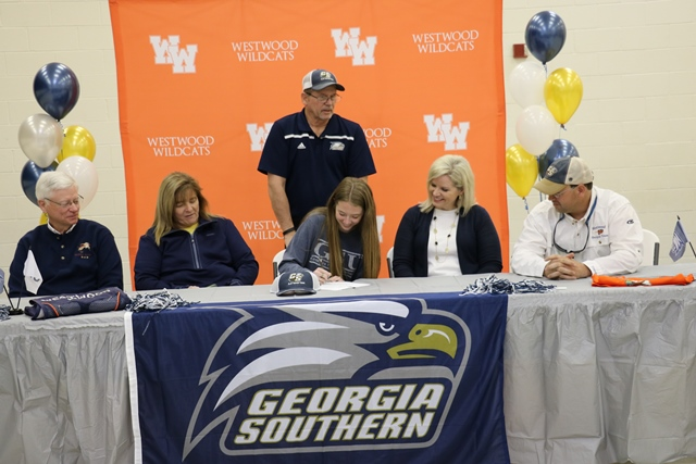 Taylor Wray Signs With Georgia Southern University