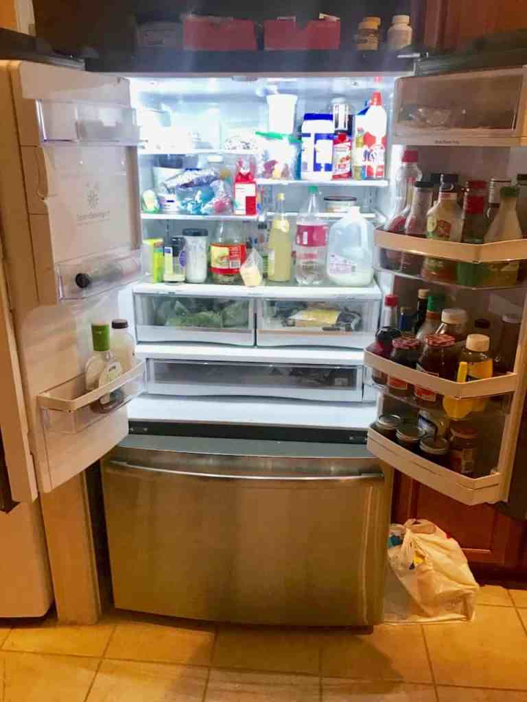 Wanna see what our refrigerators really look like? I'll tell ya right now, they're not Post Perfect!   We Three Shanes