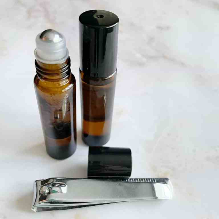Simple and Natural DIY Cuticle Oil