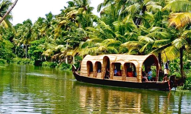 visit kerala in july