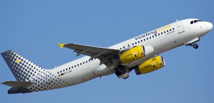 Vueling A320 EC-LOK