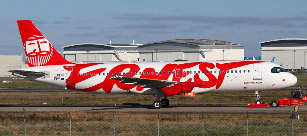 L'Airbus A320neo EI-JAK appena verniciato, era inizialmente destinato a Ernest Airlines, già dipinto con la livrea del vettore italiano, poi ridipinto e consegnato a Jazeera Airways 9K-CBE.