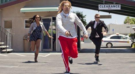 Hit & Run (Universum Film) +++Review+++Text-Feature+++