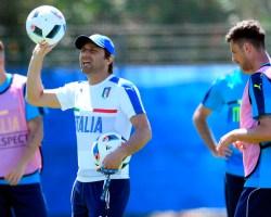 Conte Stravolge la Formazione: l'Italia B contro l'Irlanda