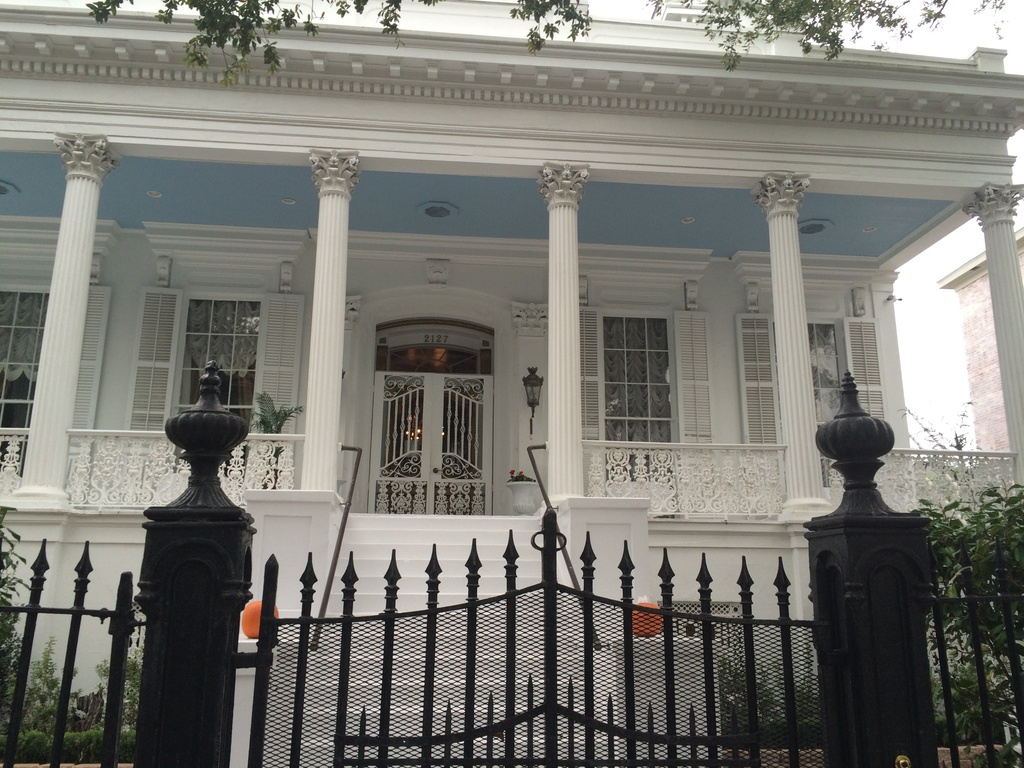New Orleans Mansion_108955