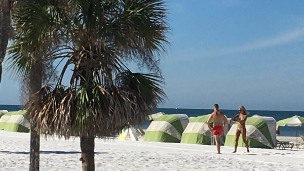 r-clearwater-beach-2-web_bk_243149