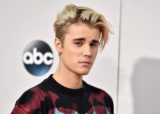 Justin Bieber_320103-873772057