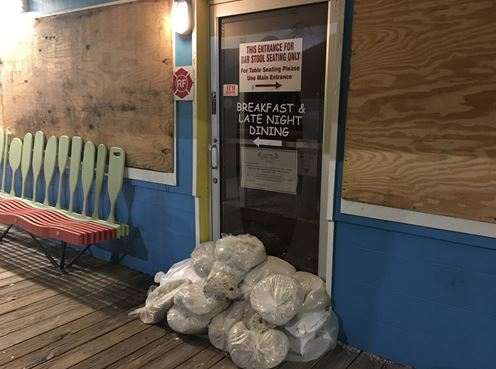hurricane irma flooding crabby bills sandbags 1_447393