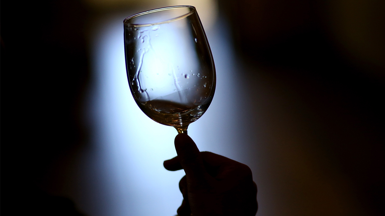 wineglass_1558039228021-873772846.jpg