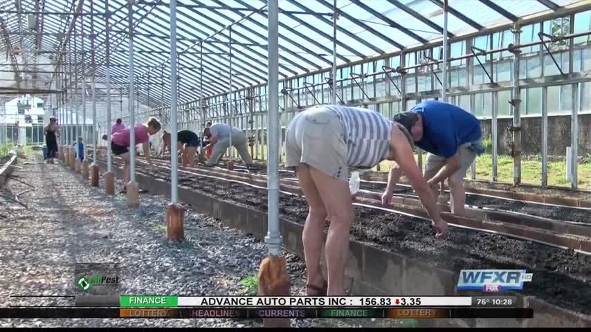 Ag Life- Planting for the community_96542444-159532