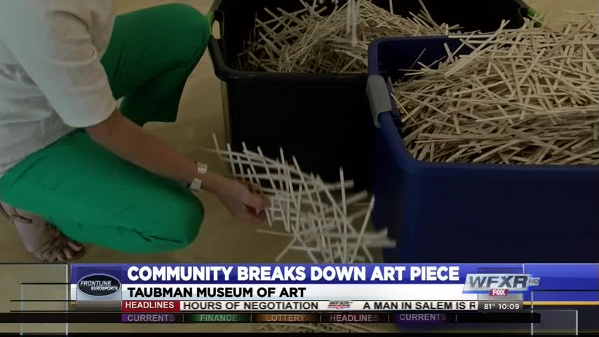 Taubman art exhibit get help from community to close_20049540-159532