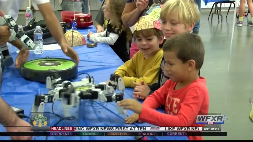 Dozens turn out for Lexington Science Festival_99293804-159532