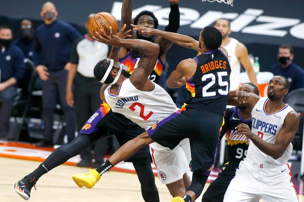 George scores 39 points, Clippers hold off Suns 112-107   WFXRtv