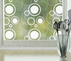 Adhesive privacy window Films: What they are and how they protect privacy?
