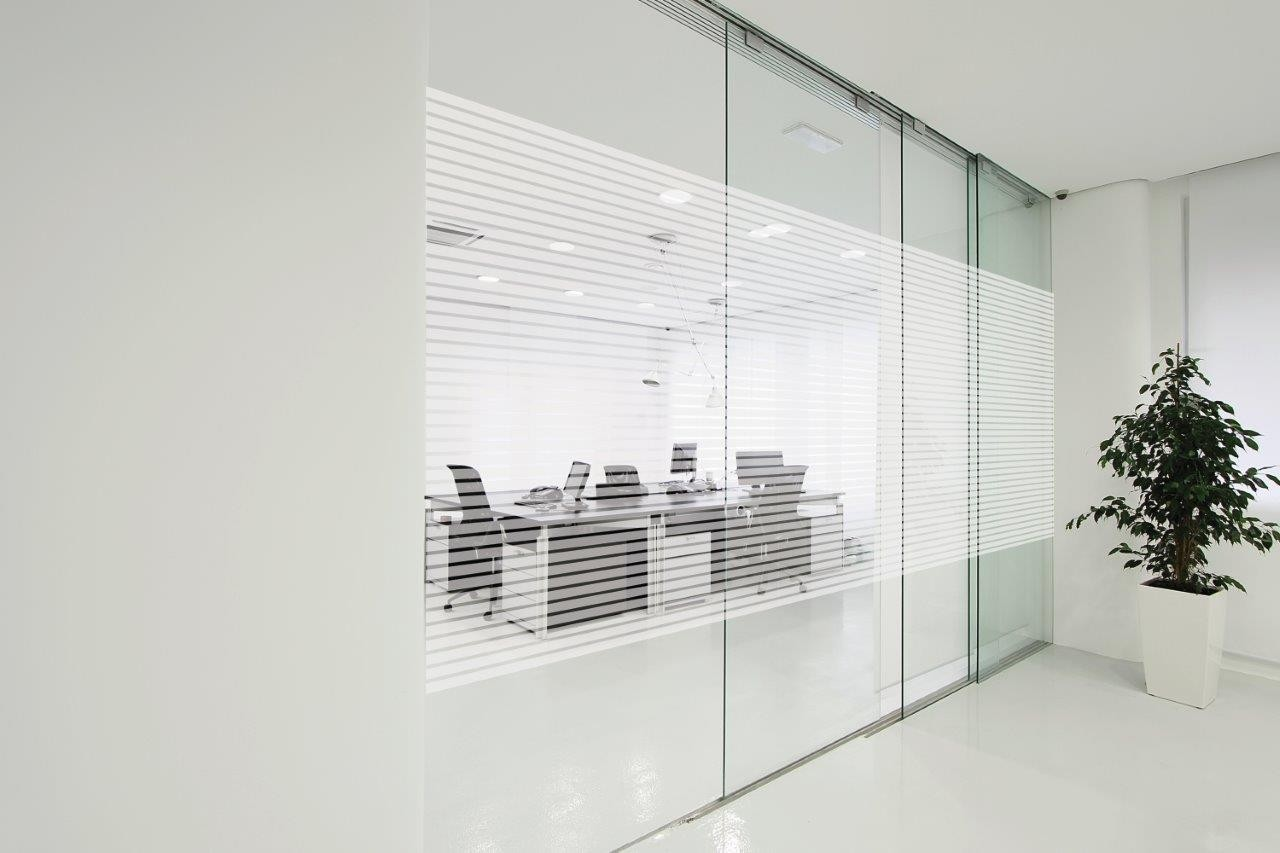Dynamic Glass: Multiple Tips on Privacy Glass Uses and Benefits