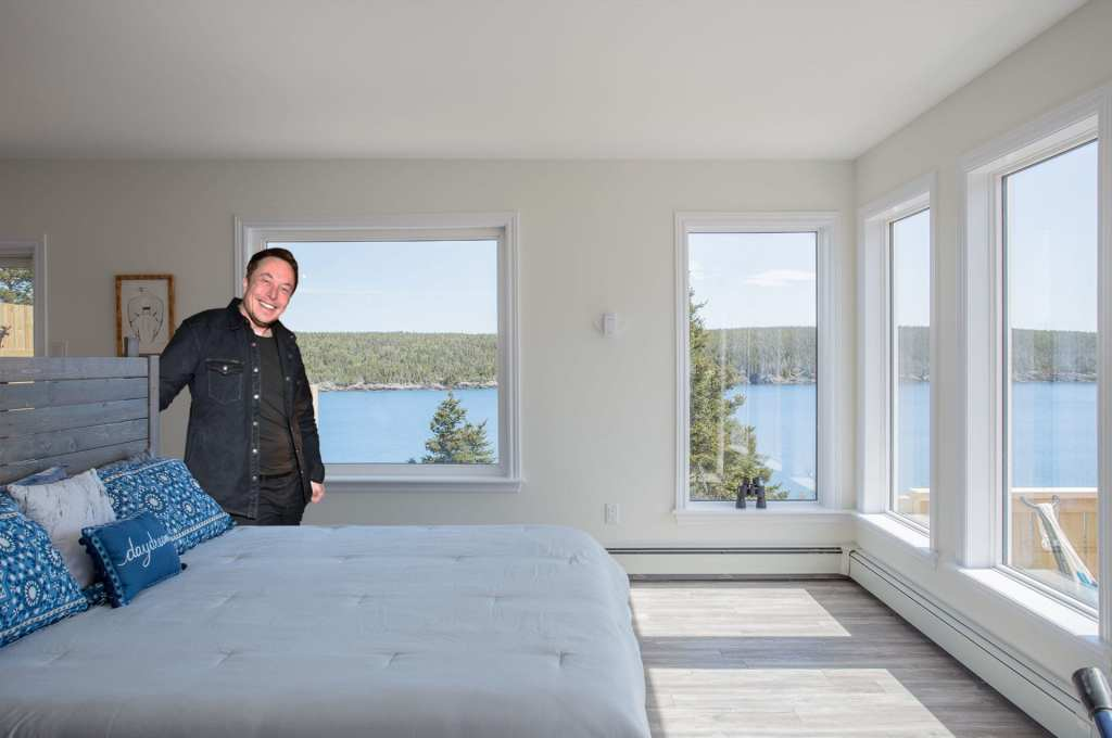 Elon Musk at the Whale House on the morning of April 1st ... before noon ... ::wink wink::