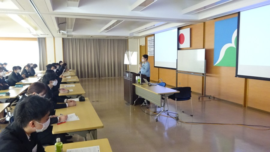 小売業の若手社員の皆さんのコーチング研修で講師を務めました(山形県山形市)_DSC00357