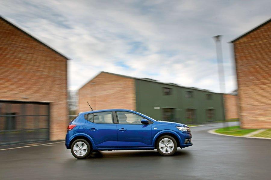 Dacia-Sandero-Winner-Small-Car