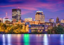 Manchester, New Hampshire, USA Skyline on the Merrimack River.