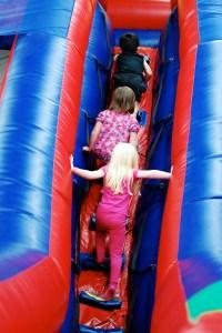 jump-around-fun-zone1