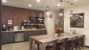 Regus' kitchen offers the comforts of home in the heart of Bellingham. Photo courtesy: Regis.