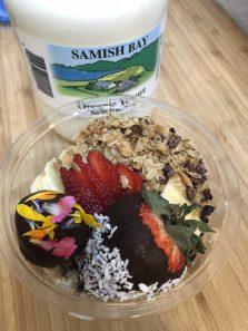 Samish Bay Yogurt Granola Bowl. Photo courtesy: Big Love Juice.