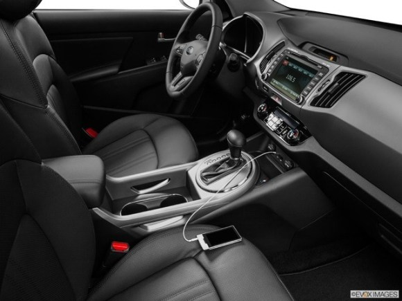 2014 KIA Sportage SX interior