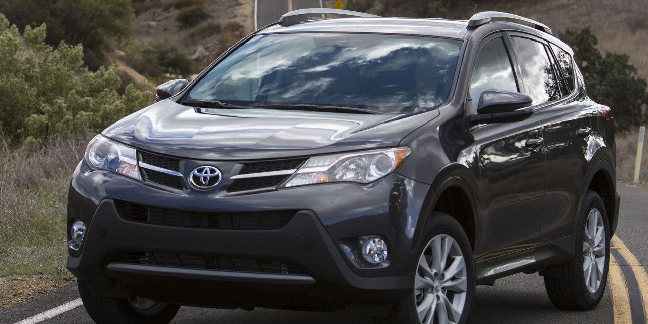 2014 Toyota RAV4 vs 2014 Nissan X-Trail