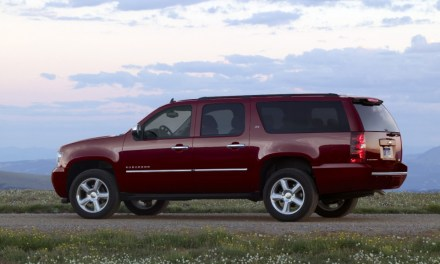 Chevrolet Suburban 2014 Review