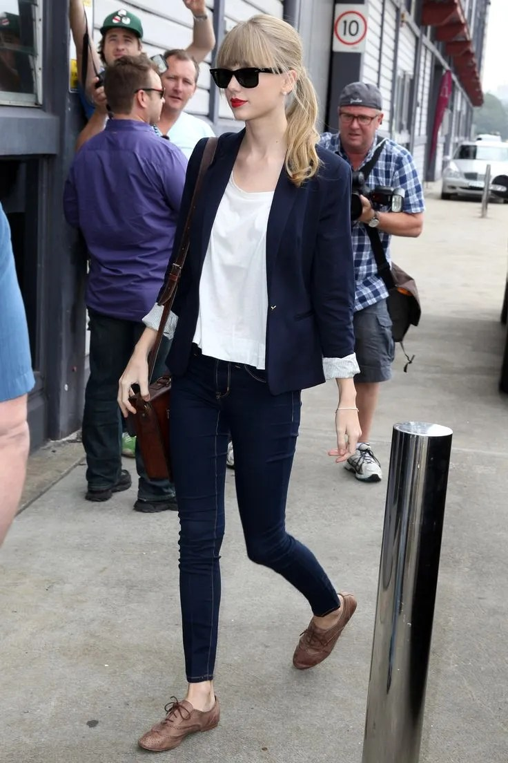 what-lizzy-loves-how-to-style-brogues-skinny-jeans-blazer