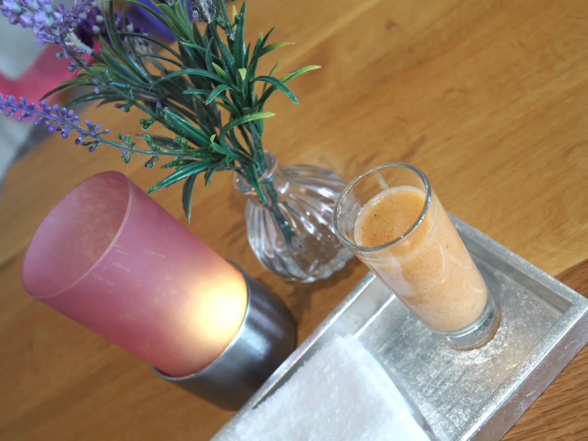 What-LizzyLoves-Bank-House-Hotel-spa-review-Worcester-spa-smoothie