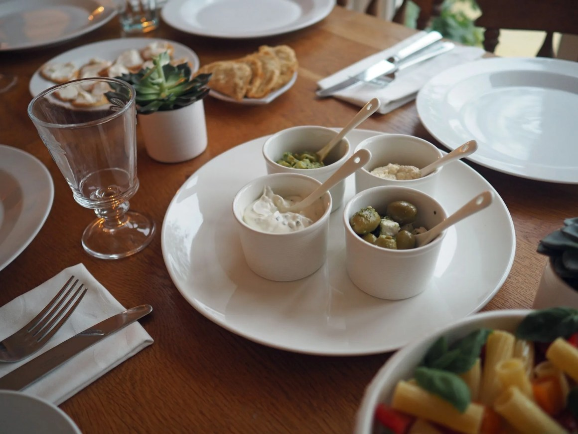 white-table-setting-james-martin-denby-dip-dishes-ramekins-olives