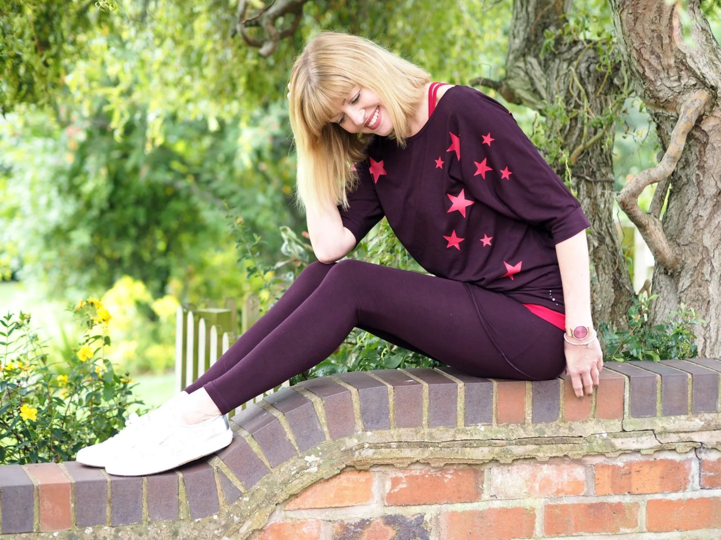 What-Lizzy-loves-bamboo-yoga-clothes-leggings-stars-top