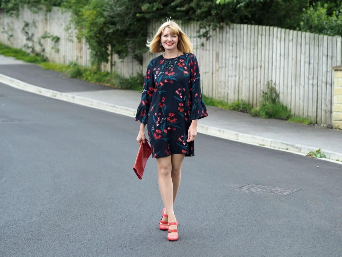 what-lizzy-loves-hobbs-desk-to-dinner-floral-dress-orange-shoes