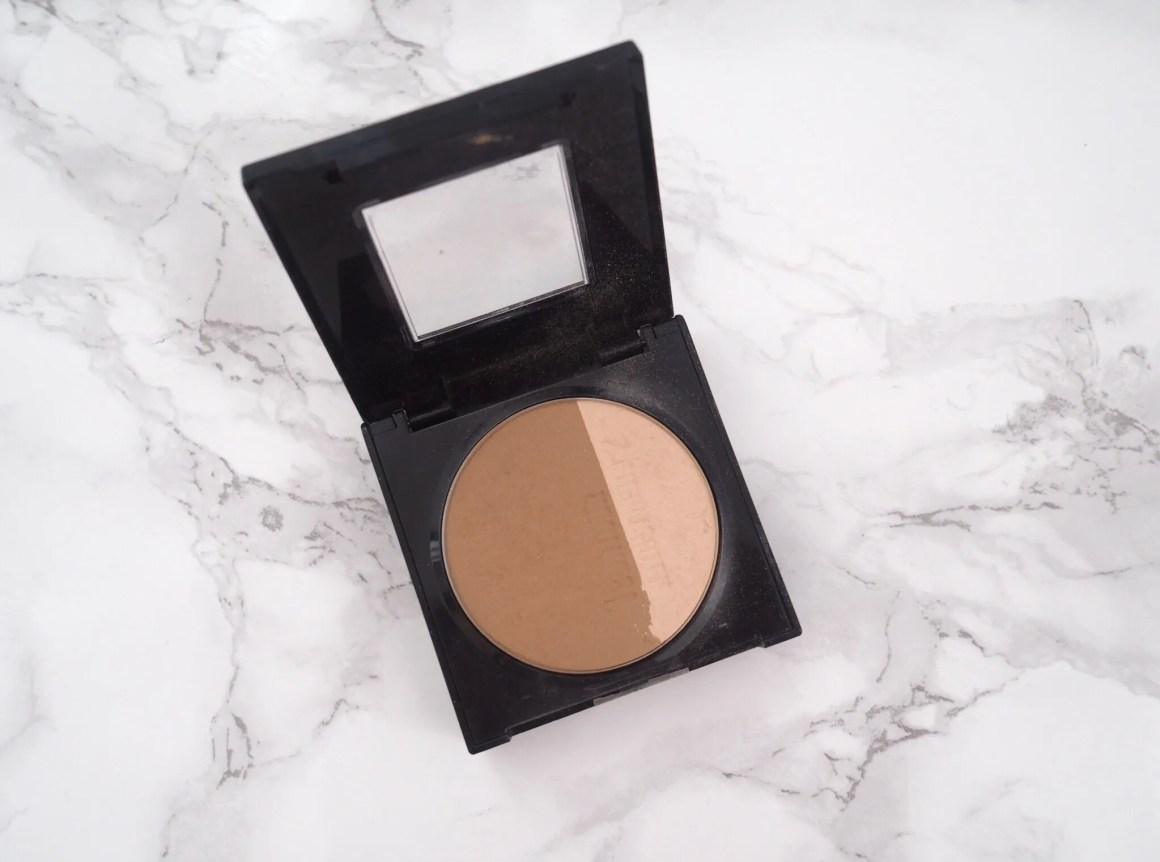 what-lizzy-loves-makeup-routine-over40-bronzer-highlighter