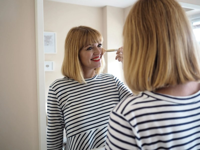 What Lizzy Loves makeup routine blusher
