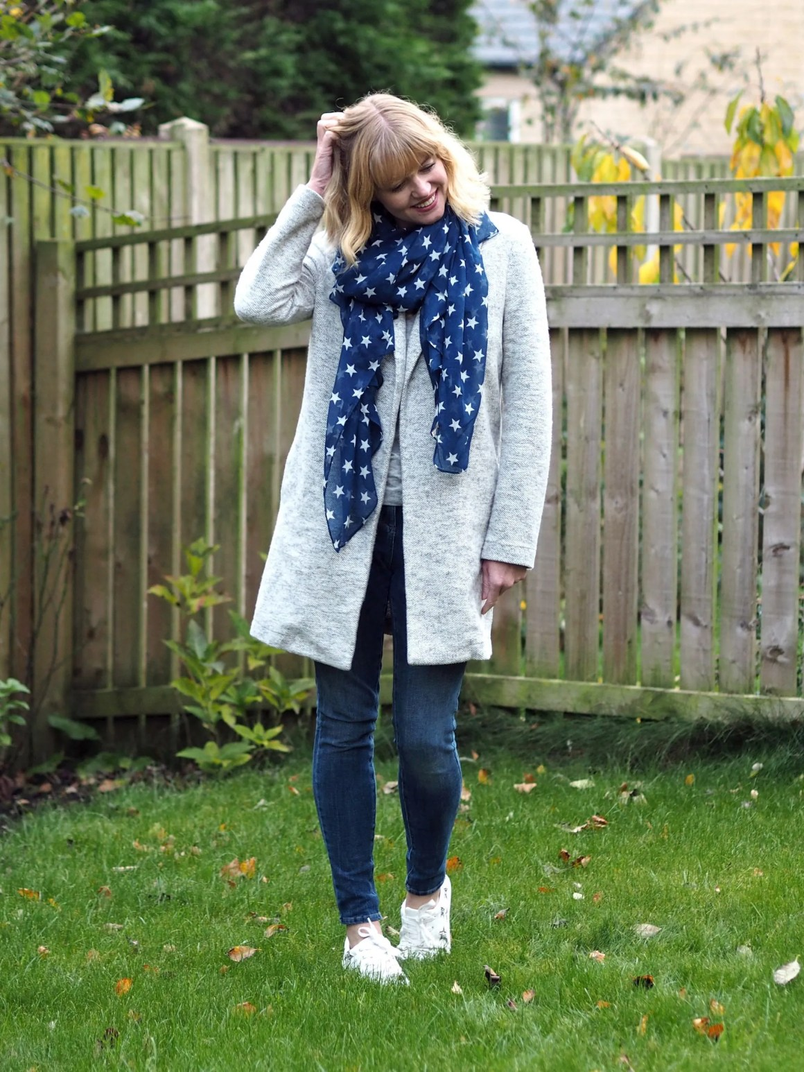 what lizzy loves autumn outfit grey coatigan star scarf trainers