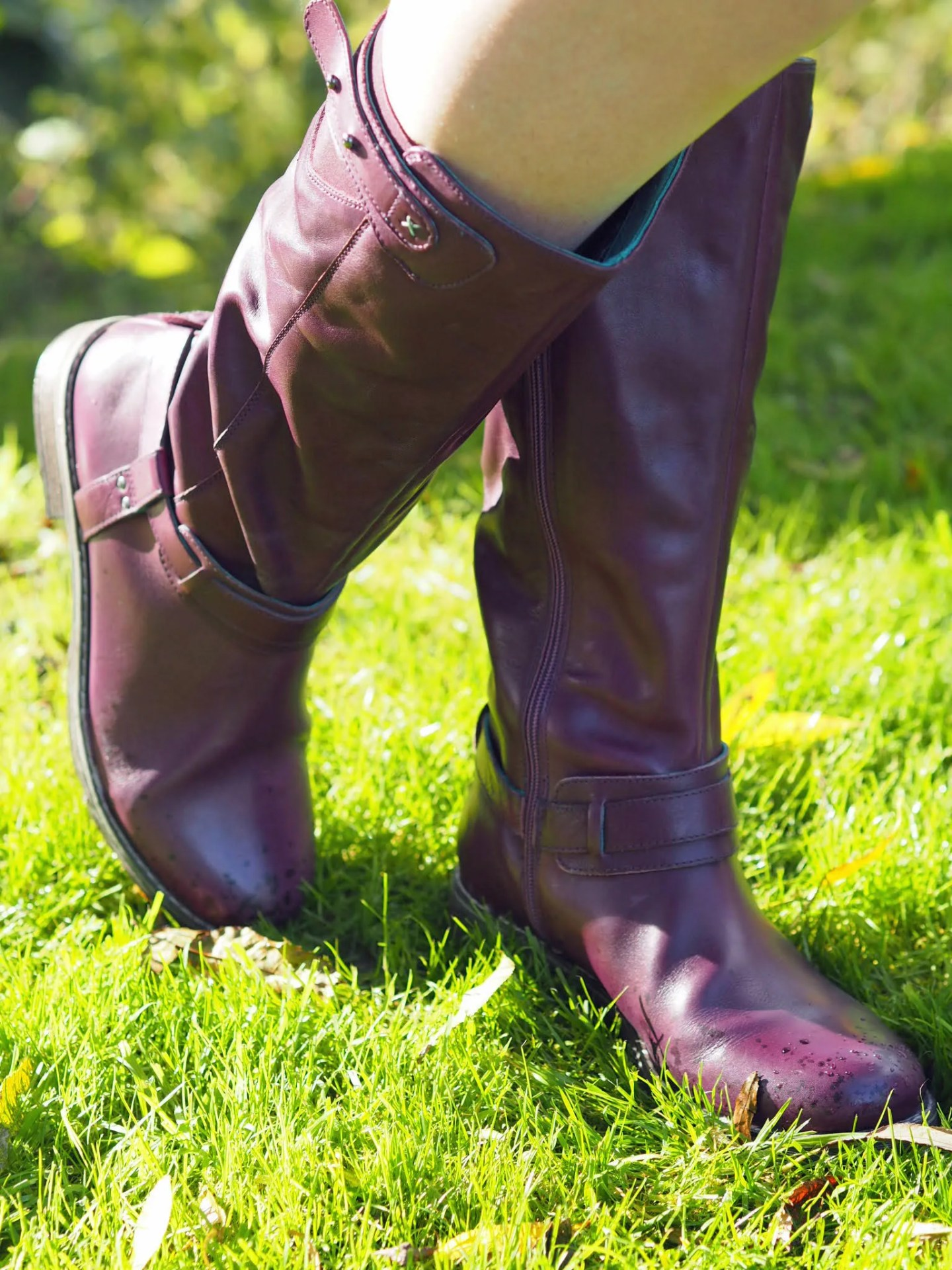 what lizzy loves purple knee high leather boots