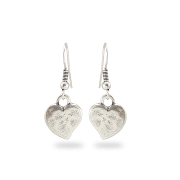 What-lizzy-loves-boutique-silver-heart-earings