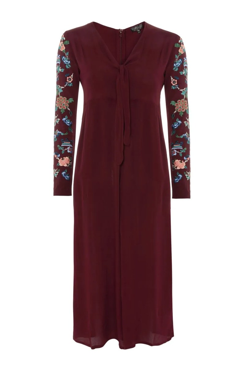 what lizzy loves spring 2018 trends embroidered jumpsuit
