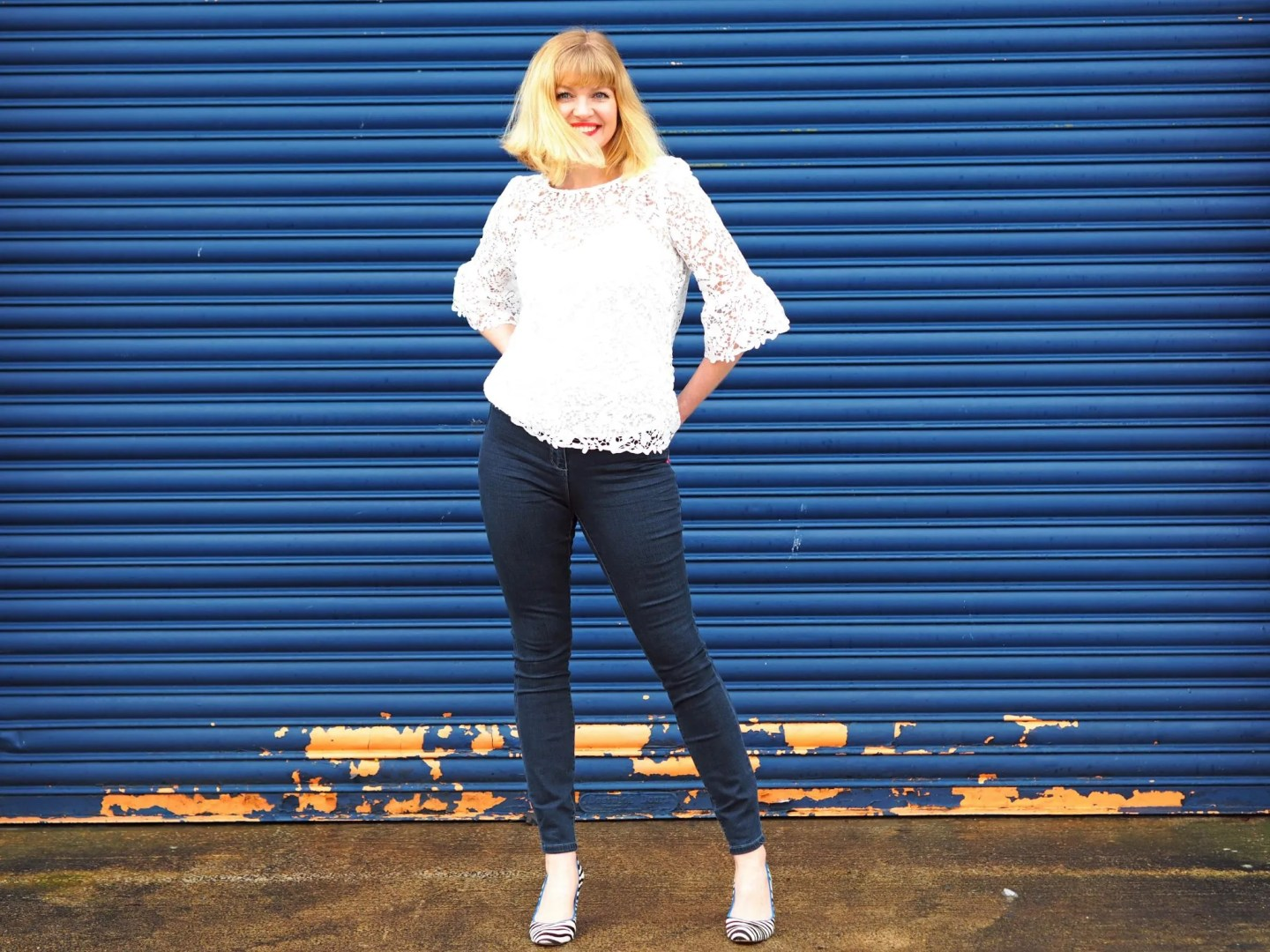 what-lizzy-loves-Boden- cream lace top-skinny-jeans-zebra-shoes