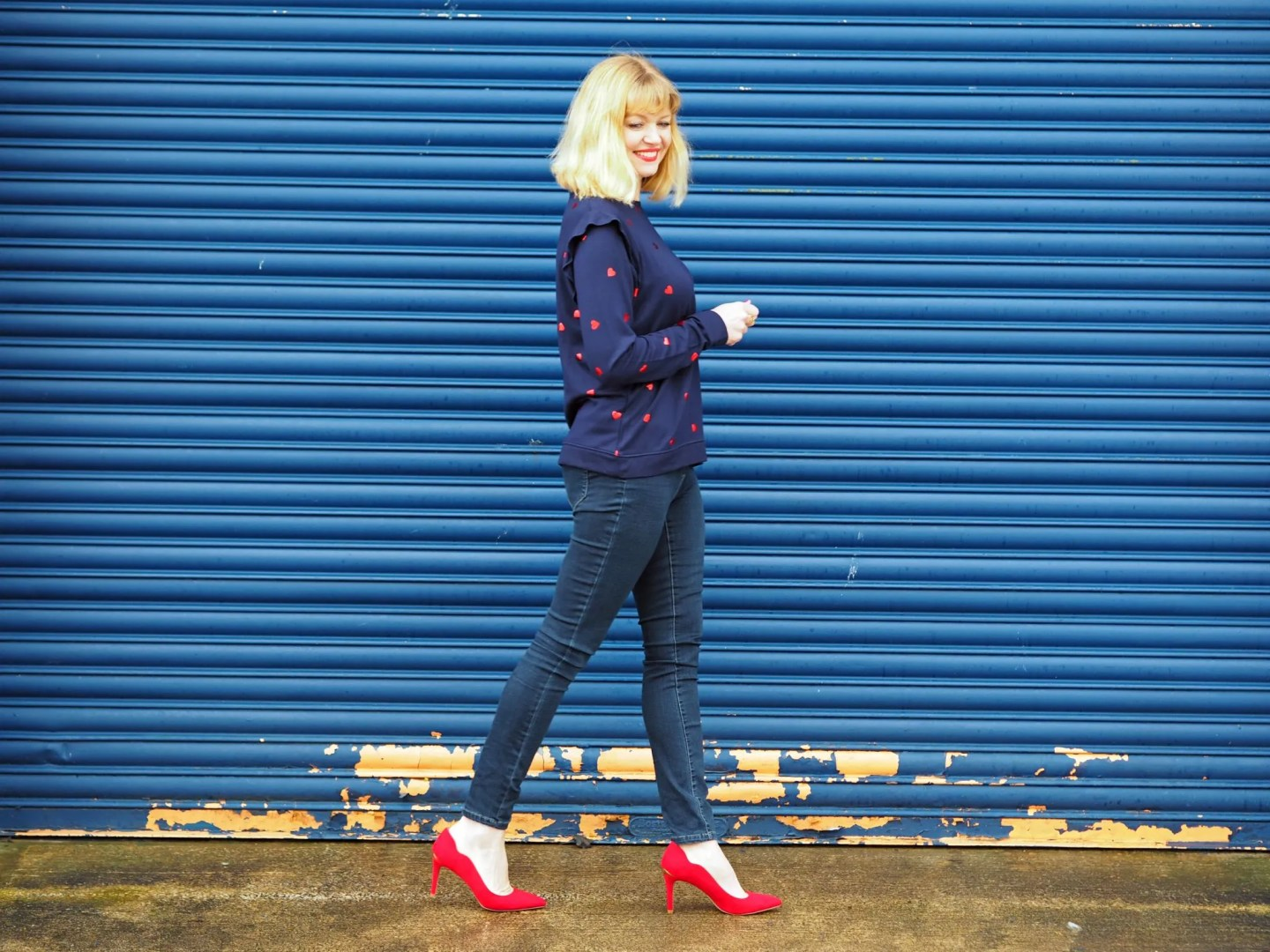what-lizzy-loves-mother's day heart-top-jeans-red-shoes