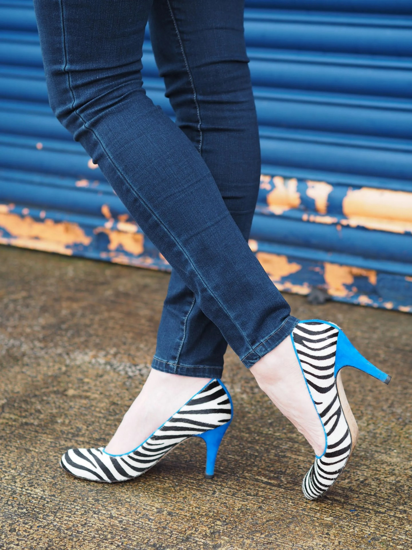 what-lizzy-loves-zebra-shoes-blue-heels
