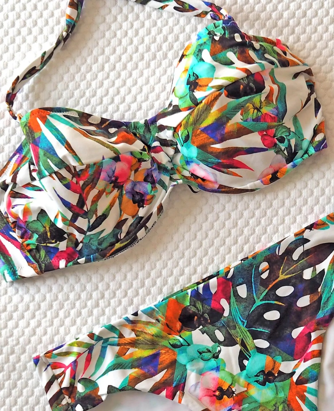what lizzy loves fantasie margarita paradise bikini, bright daytime holiday wardrobe